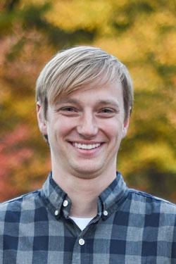 Brady, Dustin